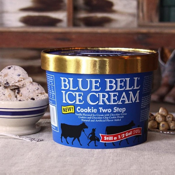 Blue bell releases new ice cream flavor cookie two step for Christmas cookie ice cream blue bell