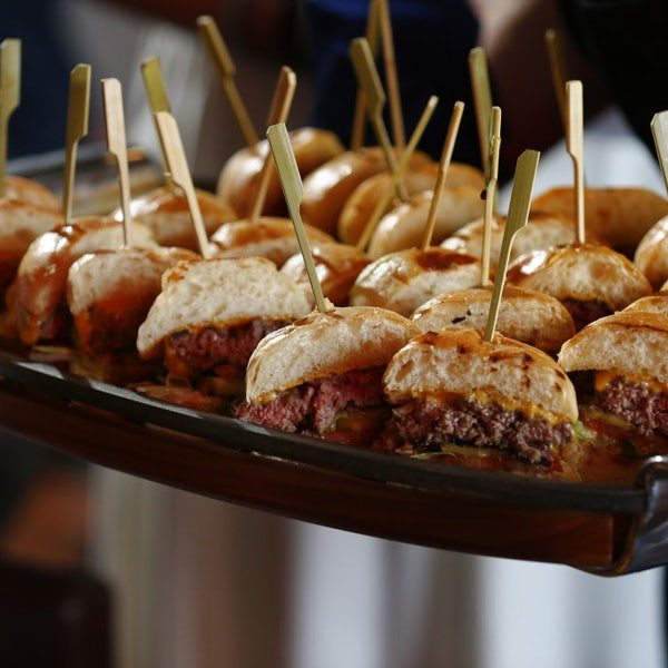 Off Site Kitchen Dallas Tx: Want To Make Delicious Burgers? Here's How, From Off-Site