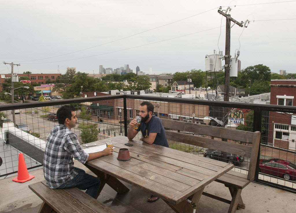 5 Of Dallas Best Rooftop Bars From Chic To Casual