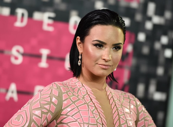 Demi Lovato aims to say a lot about body-image issues with nude Vanity Fair shoot