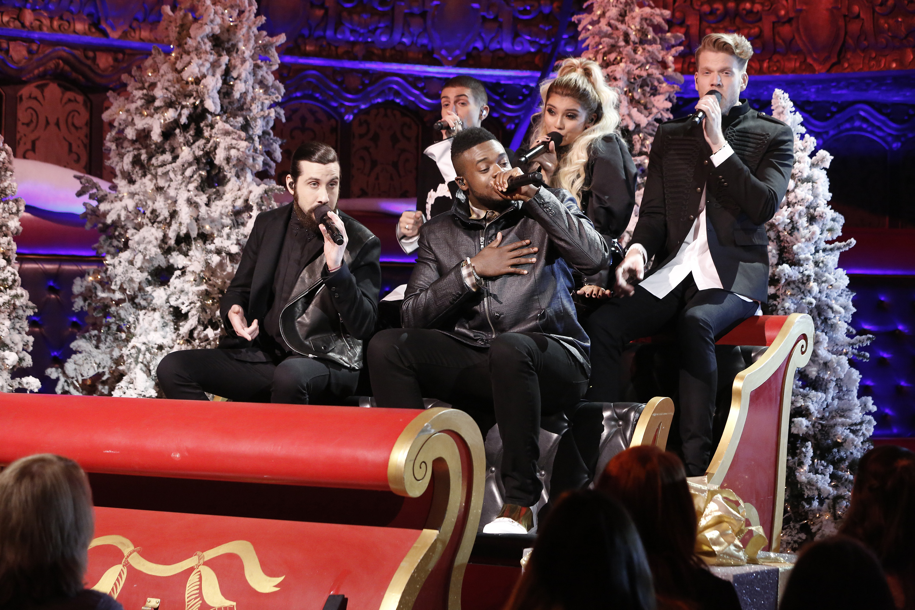 Watch Pentatonix give a preview of its upcoming Christmas special ...