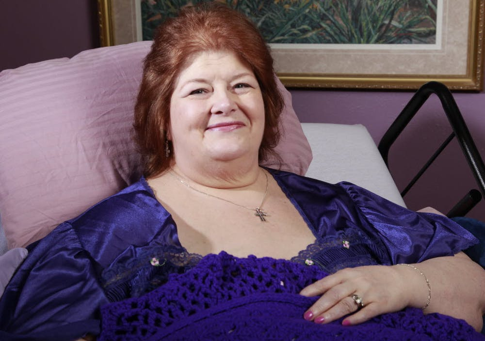 Forney resident Darlene Cates, the memorable mom in 'What's Eating Gilbert Grape,' dies at 69 | GuideLive