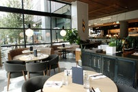 Canadian restaurant Earls Kitchen + Bar now open in Plano, with ...