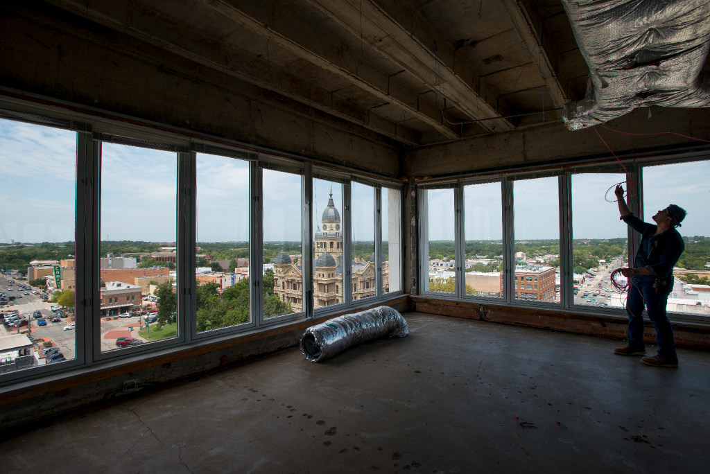 Best View In Denton New Restaurant On The Square Promises A Lookout Spot Like You Ve Never Seen Guidelive