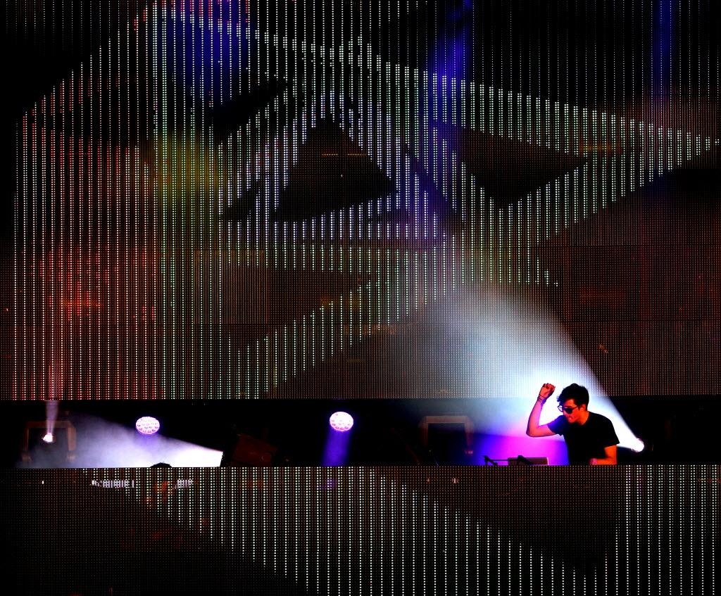 Dallasu0027 biggest EDM festival Lights All Night announces headliners Bassnectar Porter Robinson Marshmello and more   GuideLive & Dallasu0027 biggest EDM festival Lights All Night announces ... azcodes.com