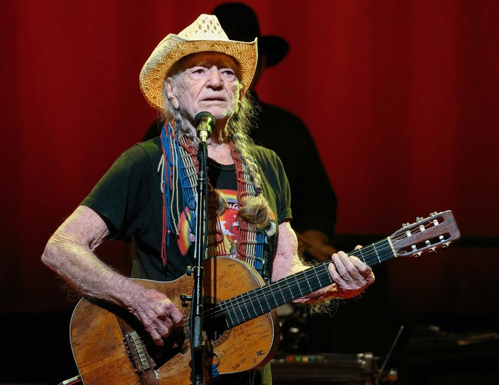 Willie Nelson is coming to Billy Bob's in Fort Worth for one night only | GuideLive